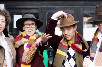 Tom Baker cosplayers